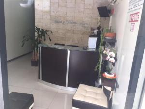 Negocio o Empresa En Venta En Caracas - Las Mercedes Código FLEX: 19-20378 No.1