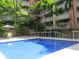Apartamento En Alquiler En Caracas En Campo Alegre - Código: 19-20581