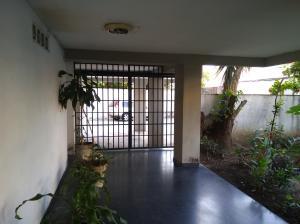 Apartamento En Venta En Caracas - Bello Monte Código FLEX: 20-235 No.3