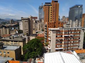 Apartamento En Venta En Caracas - Bello Monte Código FLEX: 20-235 No.16