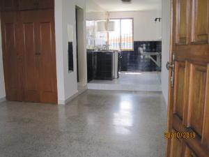 En Alquiler En Caracas - El Marques Código FLEX: 20-265 No.2