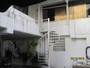 En Alquiler En Caracas - El Marques Código FLEX: 20-271 No.0