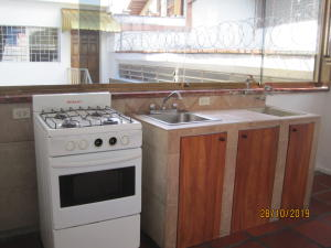 En Alquiler En Caracas - El Marques Código FLEX: 20-271 No.3