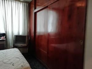 Apartamento En Venta En Caracas - Los Palos Grandes Código FLEX: 20-940 No.9