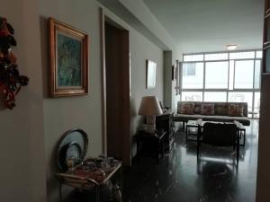 Apartamento En Venta En Caracas - Los Palos Grandes Código FLEX: 20-940 No.14