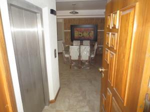 Apartamento En Venta En Valencia - La Trigaleña Código FLEX: 20-2678 No.2