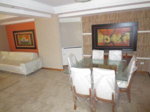 Apartamento En Venta En Valencia - La Trigaleña Código FLEX: 20-2678 No.17