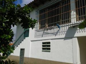 Casa En Venta En Higuerote - Ciudad Balneario Higuerote Código FLEX: 20-1293 No.2
