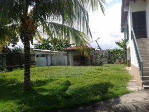 Casa En Venta En Higuerote - Ciudad Balneario Higuerote Código FLEX: 20-1293 No.5