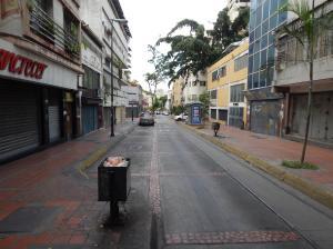 Oficina En Venta En Caracas - Parroquia La Candelaria Código FLEX: 20-1556 No.1