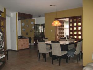 Casa En Venta En Valencia - Altos de Guataparo Código FLEX: 20-2376 No.5