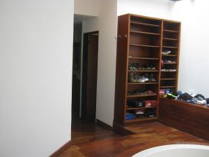 Casa En Venta En Valencia - Altos de Guataparo Código FLEX: 20-2376 No.14