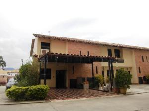 Casa En Venta En Municipio Naguanagua - El Guayabal Código FLEX: 20-2806 No.0