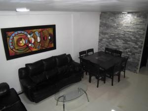Casa En Venta En Municipio Naguanagua - El Guayabal Código FLEX: 20-2806 No.1