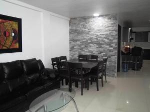Casa En Venta En Municipio Naguanagua - El Guayabal Código FLEX: 20-2806 No.2