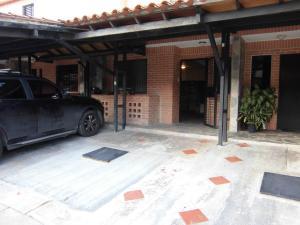 Casa En Venta En Municipio Naguanagua - El Rincon Código FLEX: 20-2747 No.0