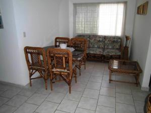 Apartamento En Venta En Municipio Los Guayos - Paraparal Código FLEX: 20-2776 No.11