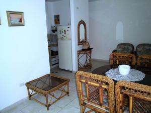 Apartamento En Venta En Municipio Los Guayos - Paraparal Código FLEX: 20-2776 No.12