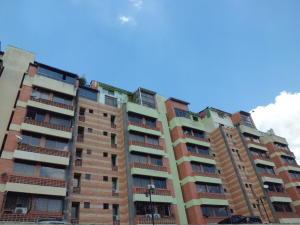 Apartamento En Venta En Valencia - Campo Alegre Código FLEX: 20-2783 No.1