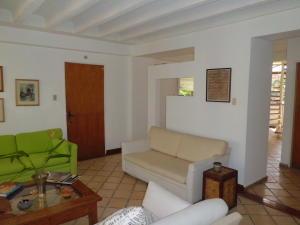 Apartamento En Venta En Valencia - Campo Alegre Código FLEX: 20-2783 No.5