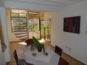 Apartamento En Venta En Valencia - Campo Alegre Código FLEX: 20-2783 No.8