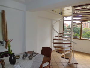 Apartamento En Venta En Valencia - Campo Alegre Código FLEX: 20-2783 No.9