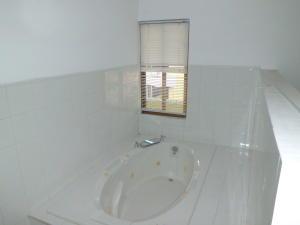 Apartamento En Venta En Valencia - Campo Alegre Código FLEX: 20-2783 No.16