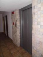 Apartamento En Alquiler En Parroquia Caraballeda - Caribe Código FLEX: 20-3079 No.1