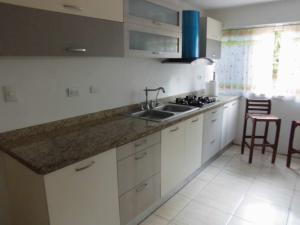 Apartamento En Venta En Caracas - Santa Paula Código FLEX: 20-3856 No.6