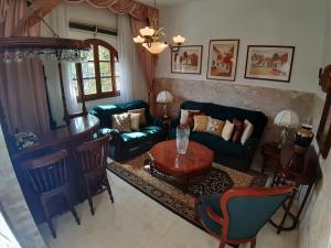 Casa En Venta En Caracas - El Paraiso Código FLEX: 20-4105 No.2