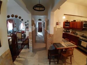 Casa En Venta En Caracas - El Paraiso Código FLEX: 20-4105 No.9