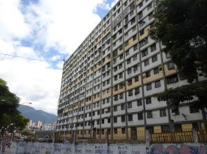 Apartamento En Venta En Caracas - Parroquia 23 de Enero Código FLEX: 20-4178 No.0