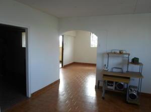 Apartamento En Venta En Caracas - Parroquia 23 de Enero Código FLEX: 20-4178 No.3