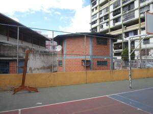 Apartamento En Venta En Caracas - Parroquia 23 de Enero Código FLEX: 20-4178 No.10