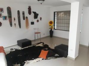 Casa En Venta En Valencia - El Parral Código FLEX: 20-4421 No.2