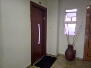 Apartamento En Venta En Valencia - Los Mangos Código FLEX: 20-4810 No.1