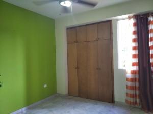 Apartamento En Venta En Valencia - Los Mangos Código FLEX: 20-4810 No.8