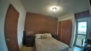 Apartamento En Venta En Valencia - Las Chimeneas Código FLEX: 20-5264 No.4