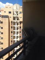 Apartamento En Venta En Valencia - Las Chimeneas Código FLEX: 20-5264 No.12