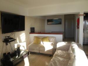Apartamento En Venta En Caracas - Alto Hatillo Código FLEX: 20-5517 No.2