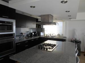 Apartamento En Venta En Caracas - Alto Hatillo Código FLEX: 20-5517 No.7