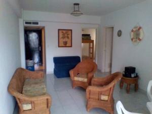Apartamento En Venta En Parroquia Caraballeda - Tanaguarena Código FLEX: 20-6433 No.4