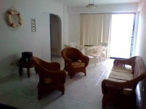 Apartamento En Venta En Parroquia Caraballeda - Tanaguarena Código FLEX: 20-6433 No.5
