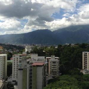 Apartamento En Venta En Caracas - Santa Rosa de Lima Código FLEX: 20-6809 No.4