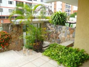 Apartamento En Venta En Valencia - Camoruco Código FLEX: 20-6346 No.1