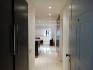 Apartamento En Venta En Caracas - Colinas de Bello Monte Código FLEX: 20-6421 No.7