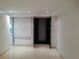 Apartamento En Venta En Caracas - Colinas de Bello Monte Código FLEX: 20-6421 No.9
