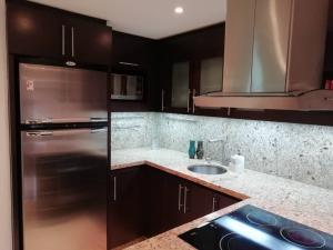 Apartamento En Venta En Caracas - Colinas de Bello Monte Código FLEX: 20-6421 No.4