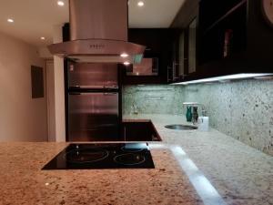 Apartamento En Venta En Caracas - Colinas de Bello Monte Código FLEX: 20-6421 No.5