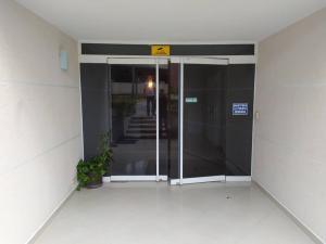 Apartamento En Venta En Caracas - Los Naranjos Humboldt Código FLEX: 20-7196 No.11